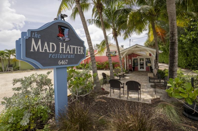 Mad Hatter Restaurant - Sanibel Island 800x533